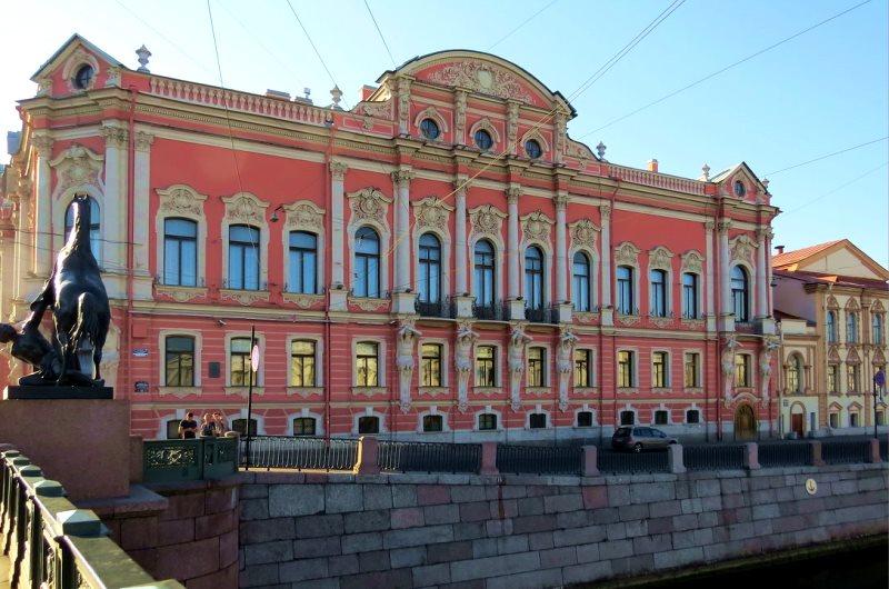 Дворец Белосельских-Белозерских.jpg