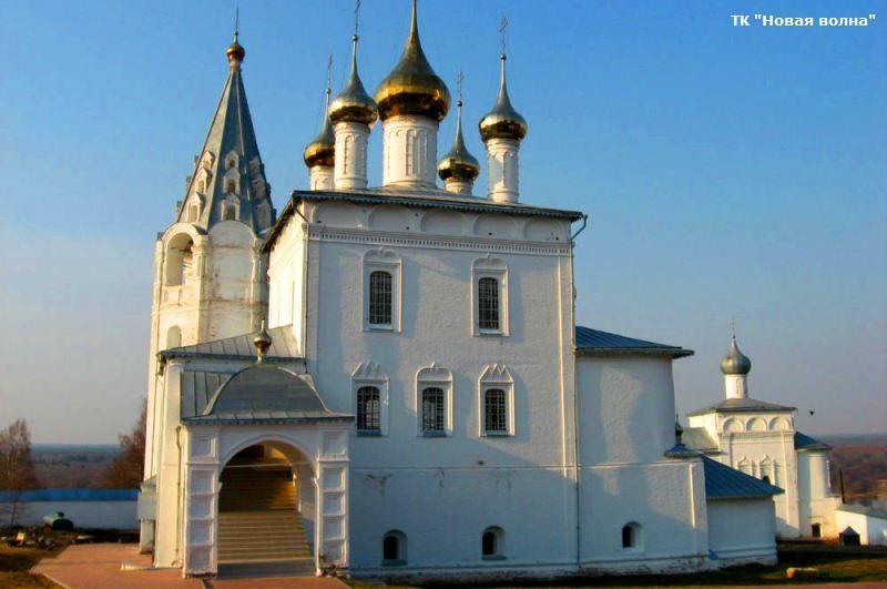Никольский монастырь.jpg