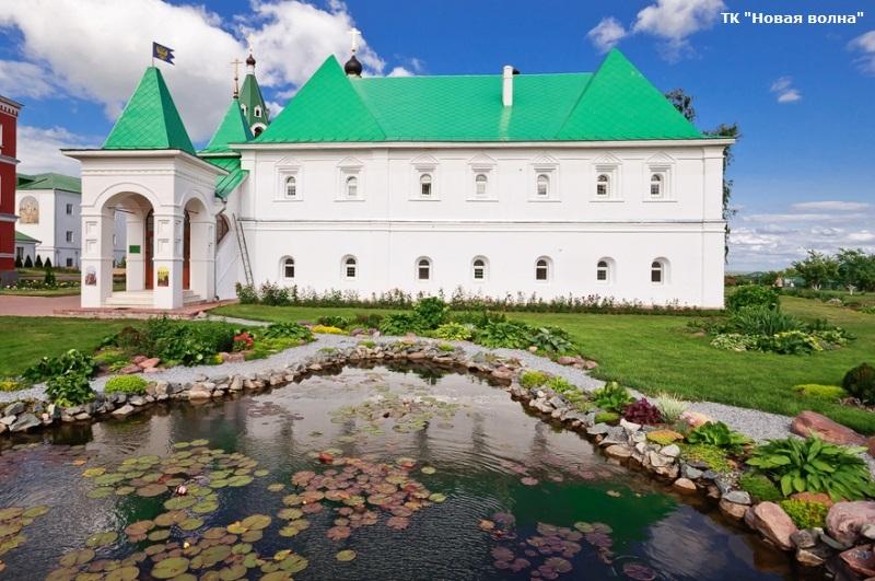 Территория Спасо-Преображенского собора.jpg