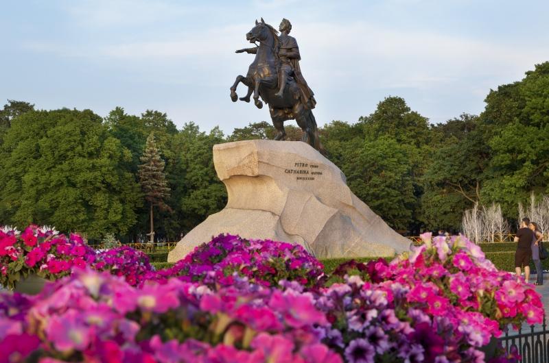 Памятник Петру.jpg